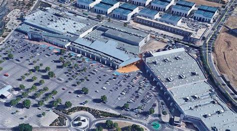 LyC Consultores asume la gestión global del Centro Comercial Parque Rivas en Madrid